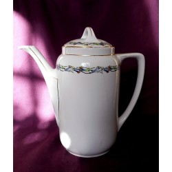 Coffee pot (KPM)